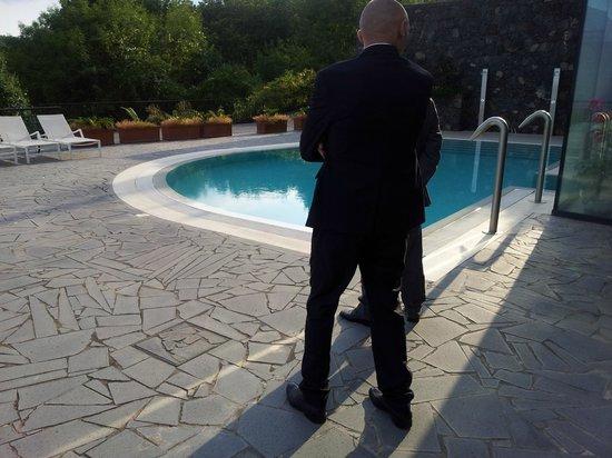 Hotel Esperia Palace : Una piscina esterna
