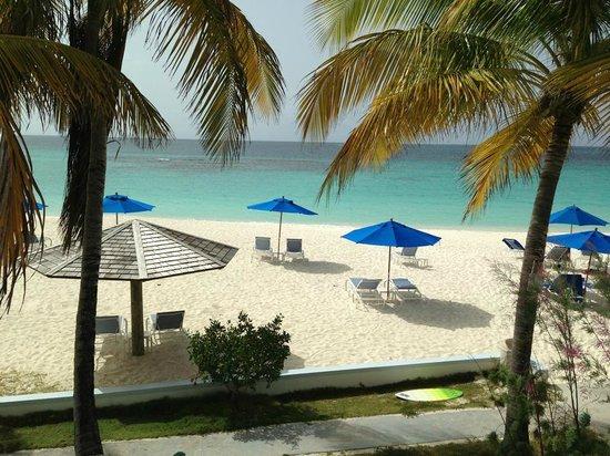 Shoal Bay Villas : From the balcony of 4B