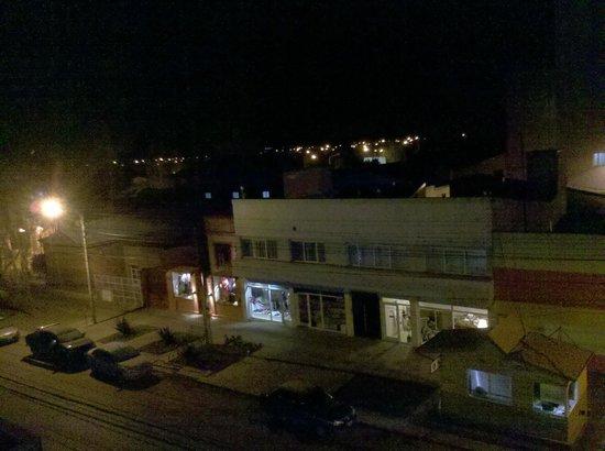 Hotel Santa Cruz: a las 8 y cuarto de la mañana desde la ventana