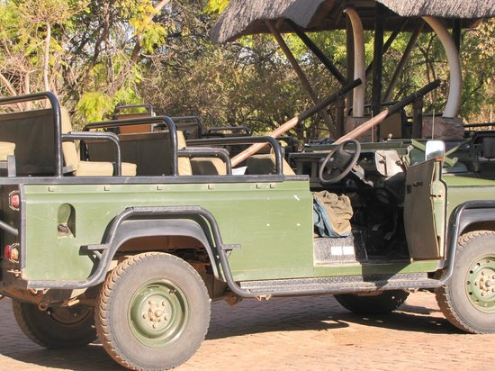 Mabula Game Lodge: Game Drive Truck