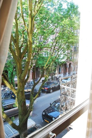 Nova Apartments Amsterdam: View from front window