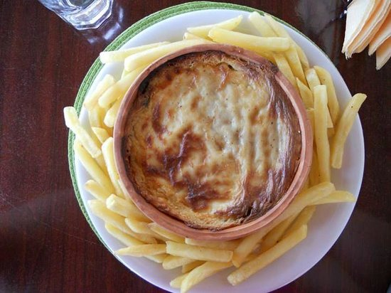 Victoria Hill Hotel: Mousaka