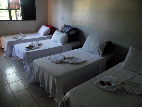 Pousada Alfa JK: 4 cama de solteiro