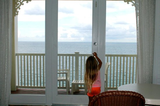 Pelican Grand Beach Resort, A Noble House Resort: Balcony