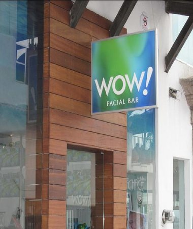 ‪Wow! Facial Bar‬