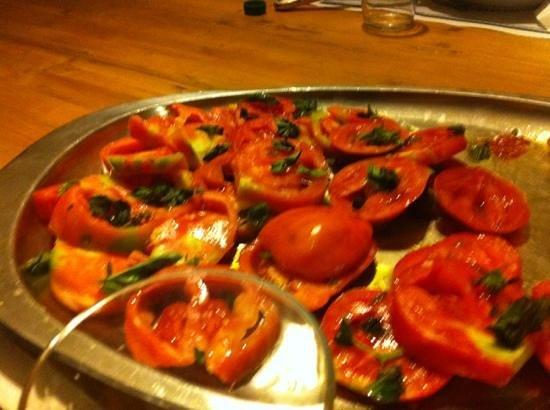 Agriturismo Cavendo Tutus: pomodori