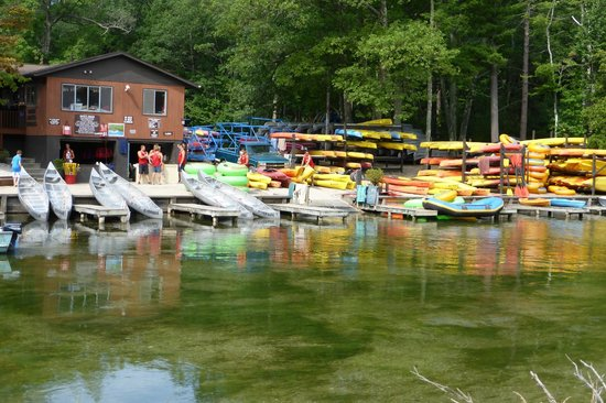 Cottonwood Inn: River Side Canoes