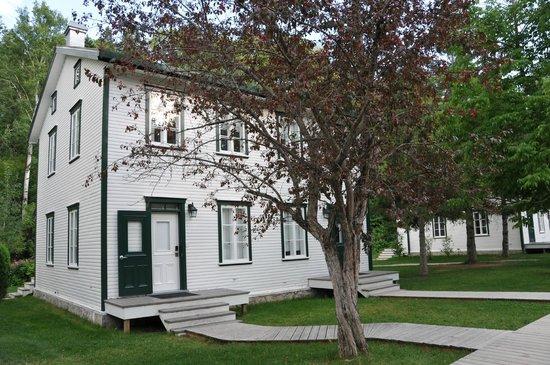 Village historique de Val-Jalbert - Hebergement et Camping : Una camera