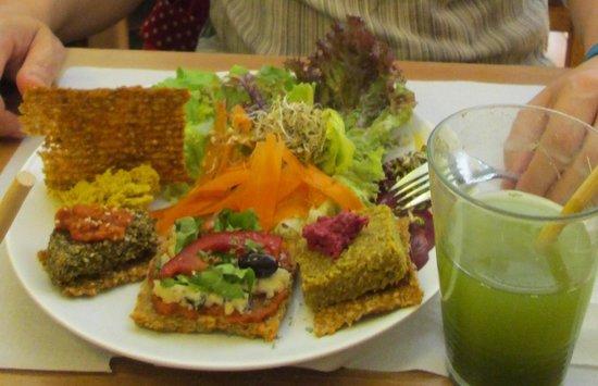 Bionectar Eco Living Raw Food: Plato degustación.