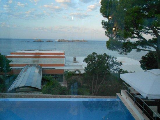 Importanne Resort Dubrovnik : Piscine à débordement