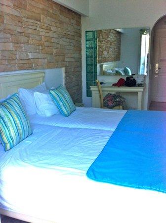 Poseidon Hotel - Suites: Double Plus room