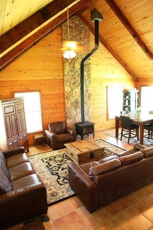 Rocking Horse Retreat : Main Log Cabin