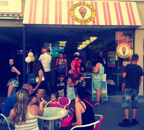 Marble Slab Creamery: Summertime