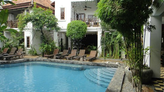 Rambutan Resort - Siem Reap: a pool to cool off