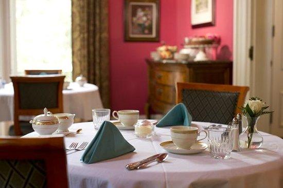 Hamilton-Turner Inn: great room