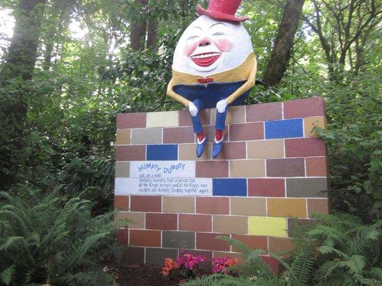Enchanted Forest Theme Park : Humpty Dumpty