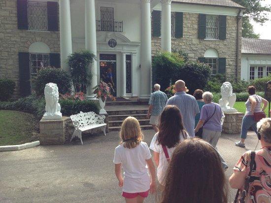 Residence Inn Memphis Downtown: Graceland