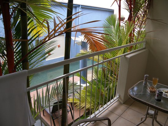 Macrossan House Boutique Apartments: View of pool over the balcony