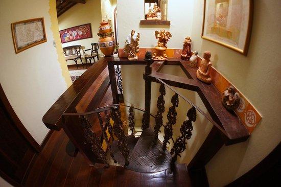 Estalagem Alcino: Escada caracol