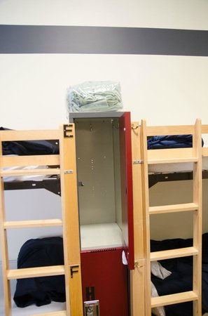 Hostelling International Chicago: in room locker, one for each bed, bring your own lock
