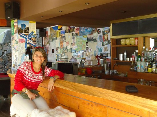 Moving Hostel Travel Bar: Visitante colombiana
