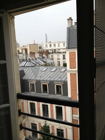 Hotel d'Orsay - Esprit de France: attic room with a view