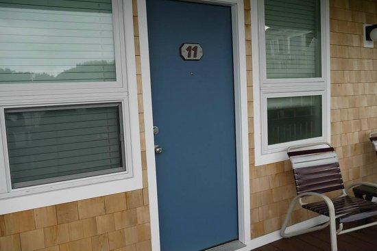 Surfcomber on the Ocean: Our door!