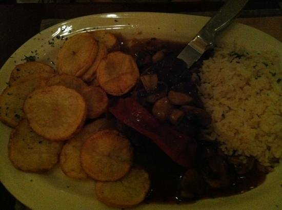 Azorean Restaurant and Bar: mushroom steak