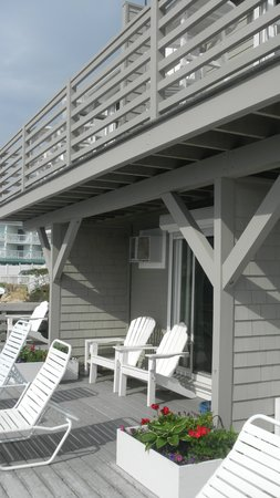 Dyer's Beach House: Awesome deck!