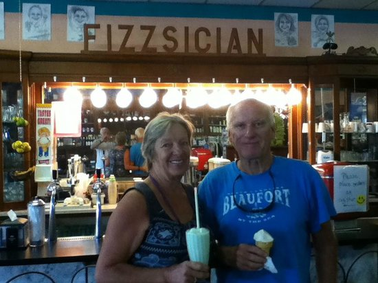 Stacey Rexall Drugs & Old Tyme Soda Fountain: The wonderful Key Lime shake.