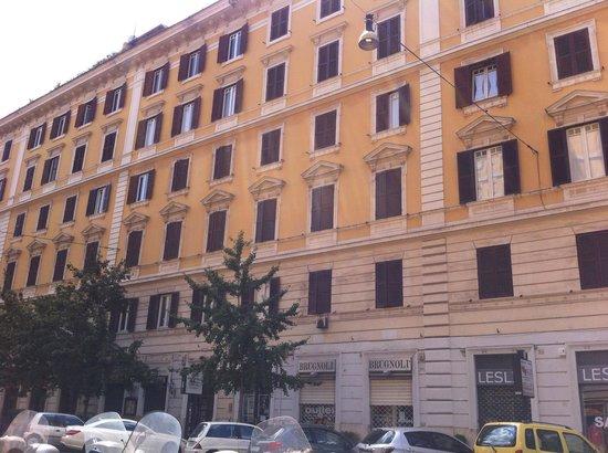B&B El Dorado Vatican: B&B el dorado's building