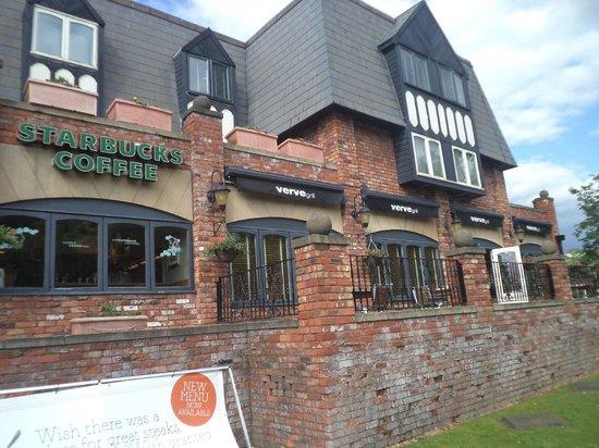 Village Manchester Hyde Hotel: Snap3