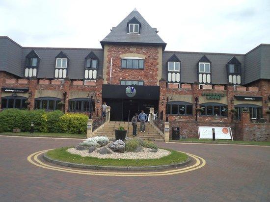 Village Manchester Hyde Hotel: Snap1