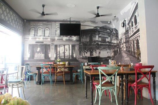 Acca Patong: Hotel Lobby