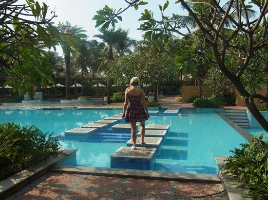 Waterstones Hotel: Poolside