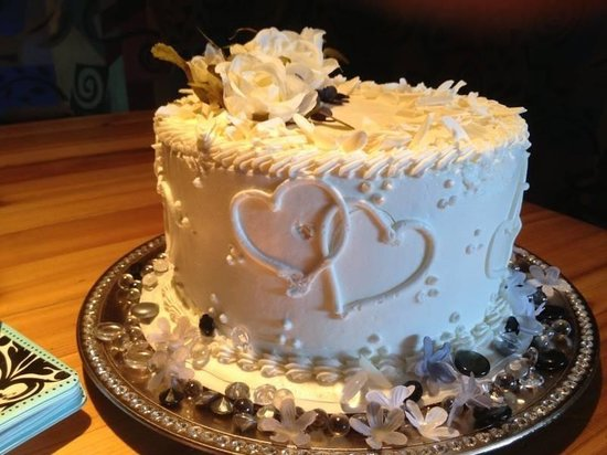 Solomon's Bakery Incorporated: Wedding cake