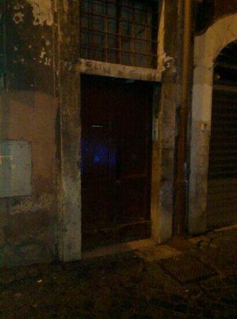 "Relais Rome Sweet Home Navona: l'ingresso del ""Relais"""