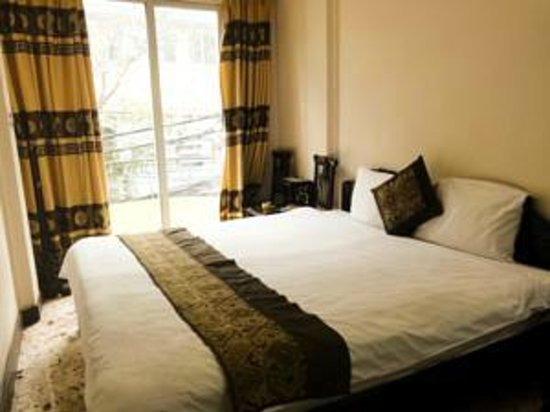 Kangaroo Hotel: Double room1