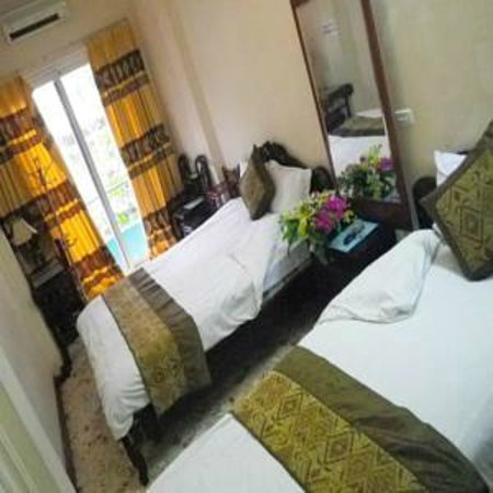 Kangaroo Hotel: Twin room