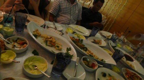 La Mer Seafood: seafood platter