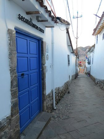 Second Home Cusco : Entrance