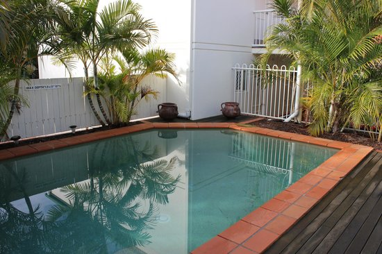Toowong Central Motel Apartments: Swimming pool