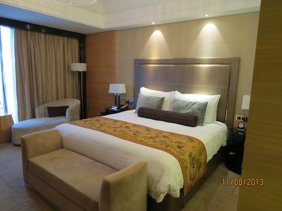 Wyndham Grand Plaza Royale Oriental Shanghai: Delux King size room, 23rd floor