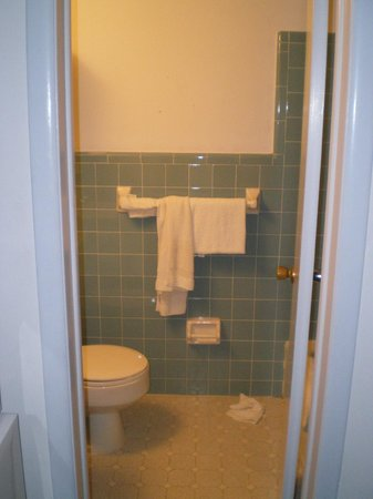 Newport Beach Resort: The bathroom  is clean, however my grandson forgot to pick up after himself.