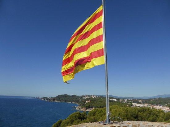 Castell de Sant Joan (Sant Joan Castle) : Keep flag