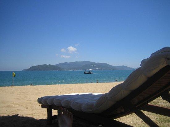 Majestic Nha Trang Hotel : на пляже около отеля