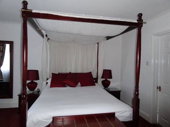 Canterbury Hotel: Bedroom