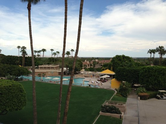 The Phoenician, Scottsdale: View of Pool