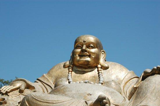 Bacalhoa Buddha Eden : Buddha Dourado