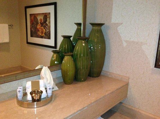 The Phoenician, Scottsdale: Bathroom